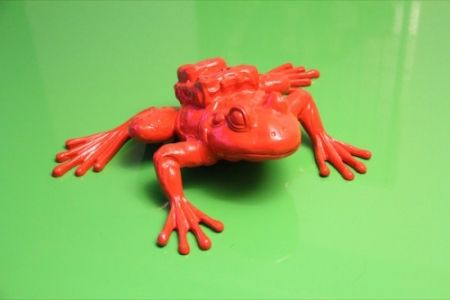 Multiplo Sweetlove - Cloned RED Aluminum FROG with backpack