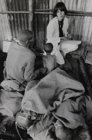 Fotografie Salgado - Ethiopian Famine Dr. Maniela Bartole