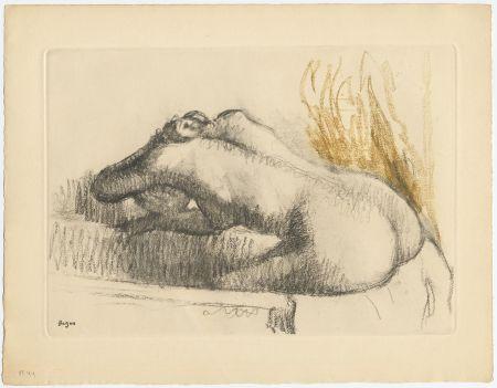 Acquaforte E Acquatinta Degas - Femme se lavant dans sa baignoire (vers 1892)