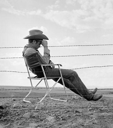 Fotografie Worth - James Dean seated