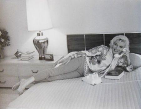 Fotografie De Dienes  - Marilyn Monroe. Au Lit (1962)