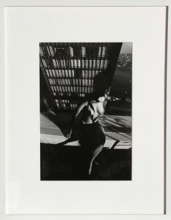 Fotografie Clergue - Nude on a Ledge
