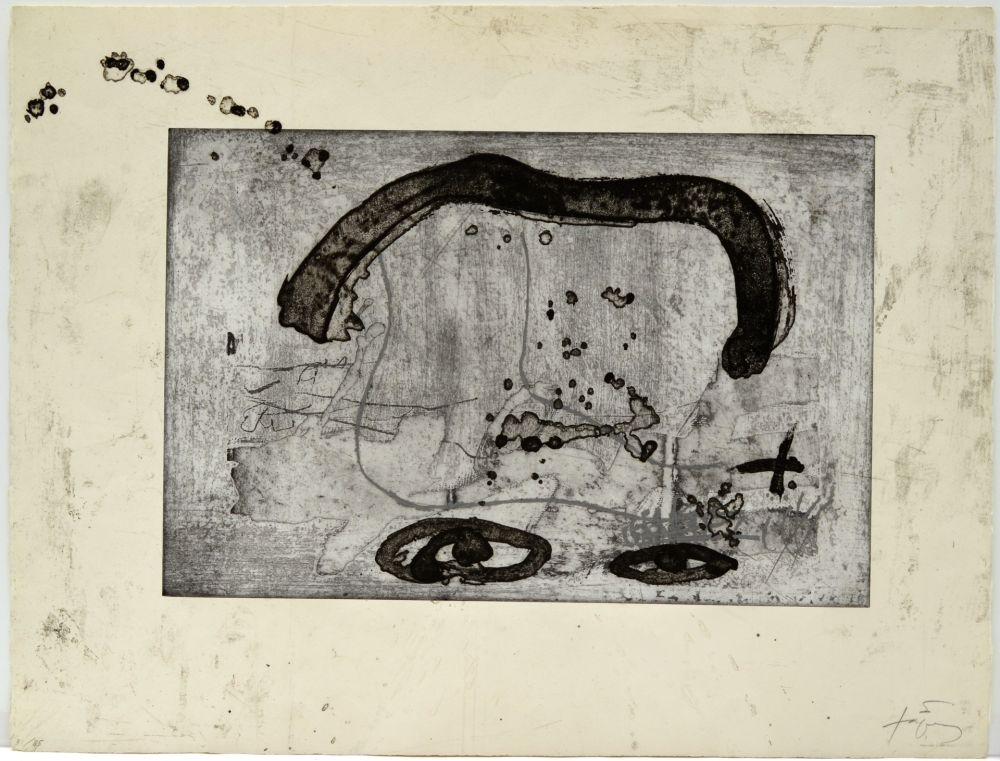Acquaforte Tàpies - Une vase de terre crue et le T du nom de Tàpies
